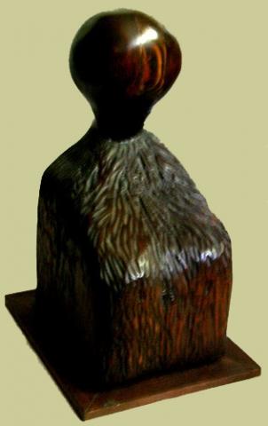 BOLD HEAD (18 x 9 x 10) LAMINATED WOOD on WOOD